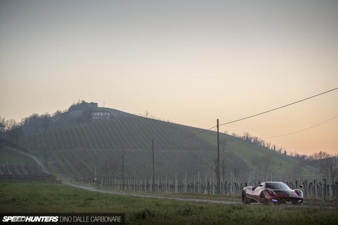 Huayra-Modena-Drive-16