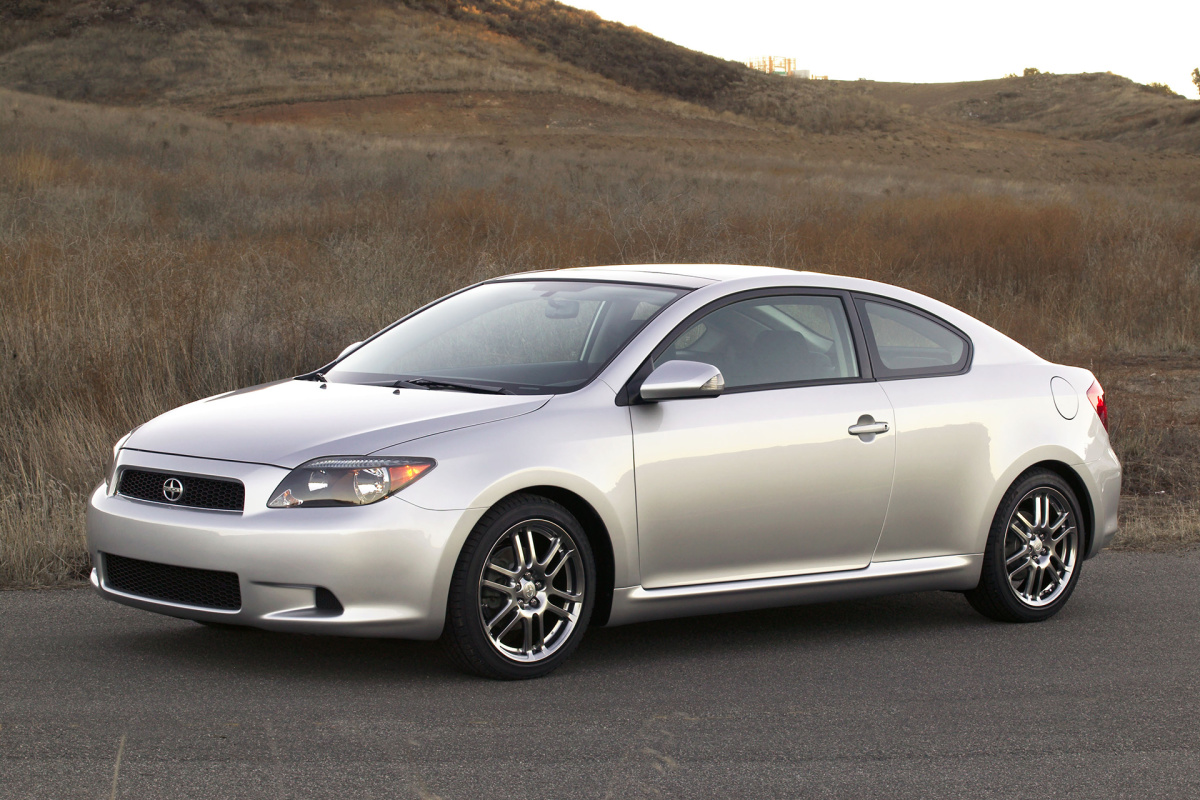 2005150_01_2005_scion_tc