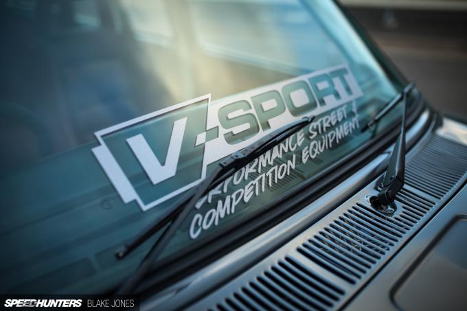 Datsun 1600 Wagon-8214