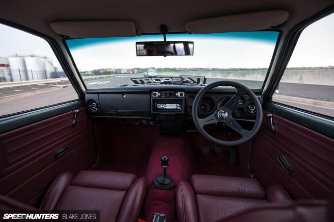 Datsun 1600 Wagon-8289