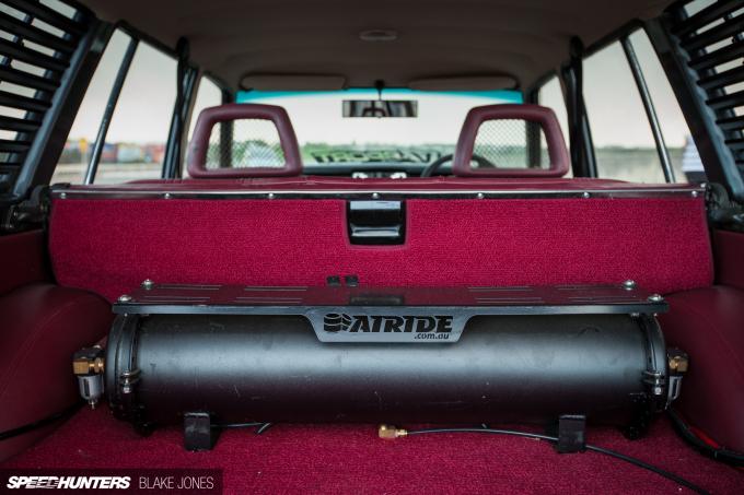 Datsun 1600 Wagon-8293