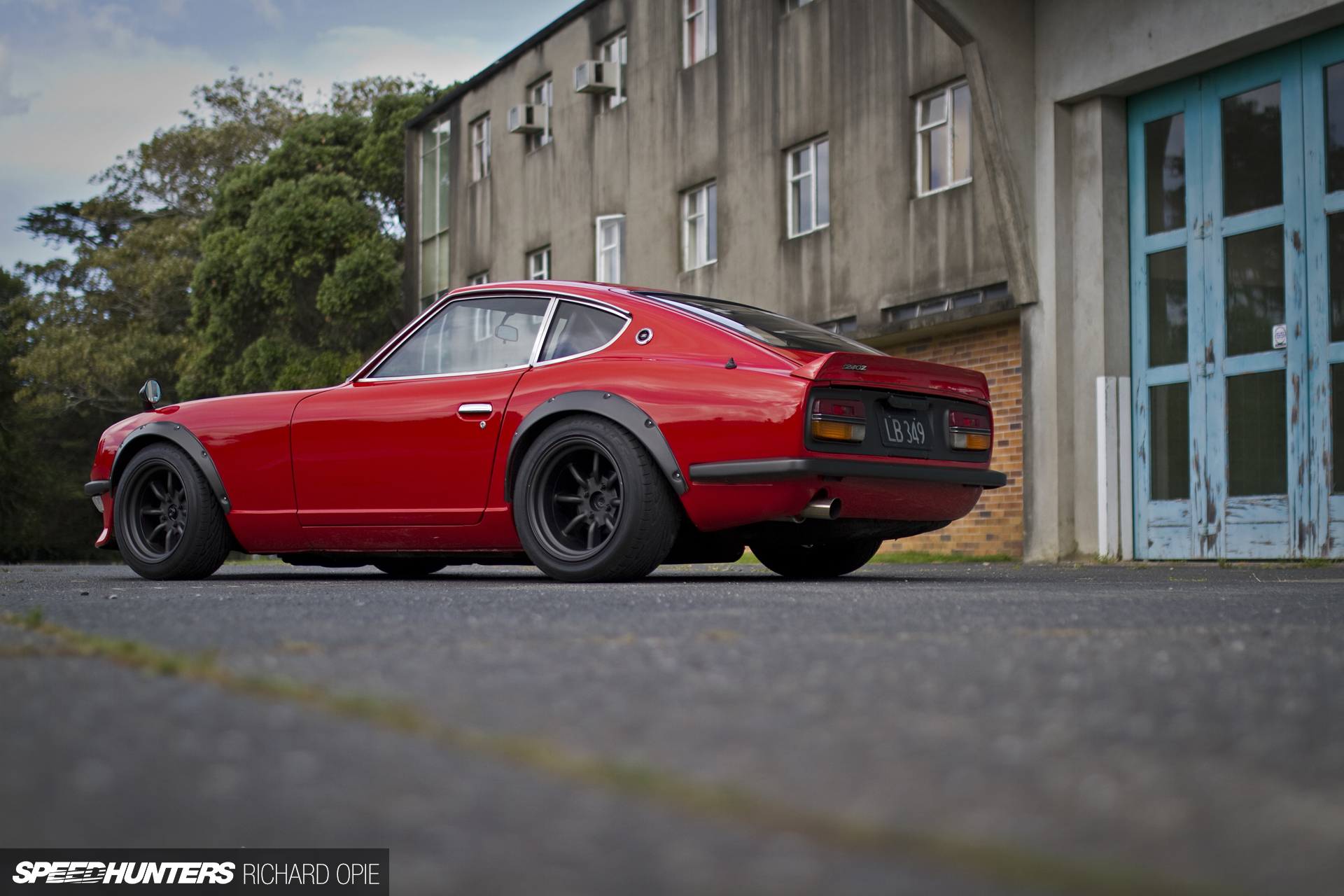 Old Dogs & New Tricks: Datsun Z In 2 Flavours - Speedhunters