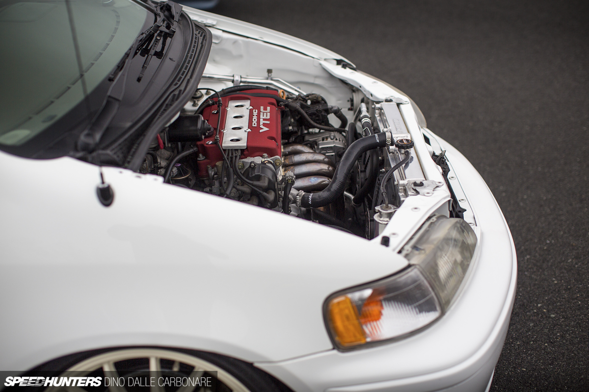 Random Snap: We Like Engine-Swapped Minivans