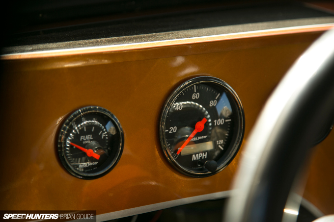 SH_Ray-Datsun-gauges