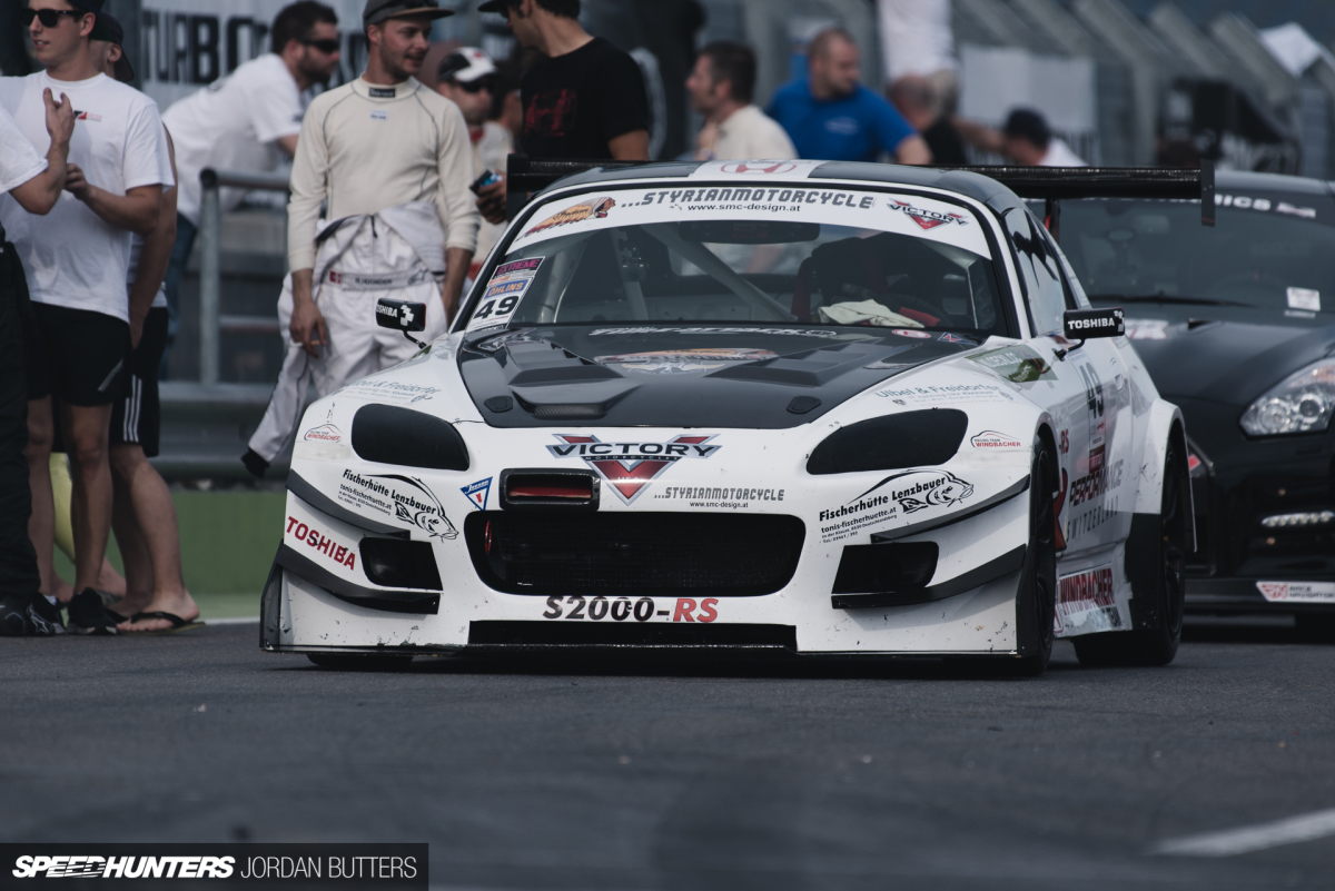 An S2000 That's All-OutAttack
