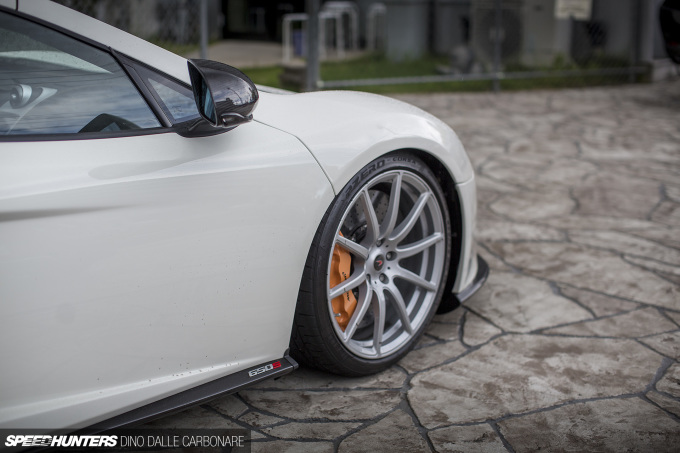 LBW-McLaren-10