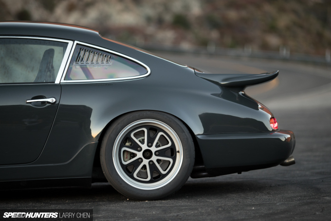 Larry_Chen_Speedhunters_Magnus_Walker_964-30