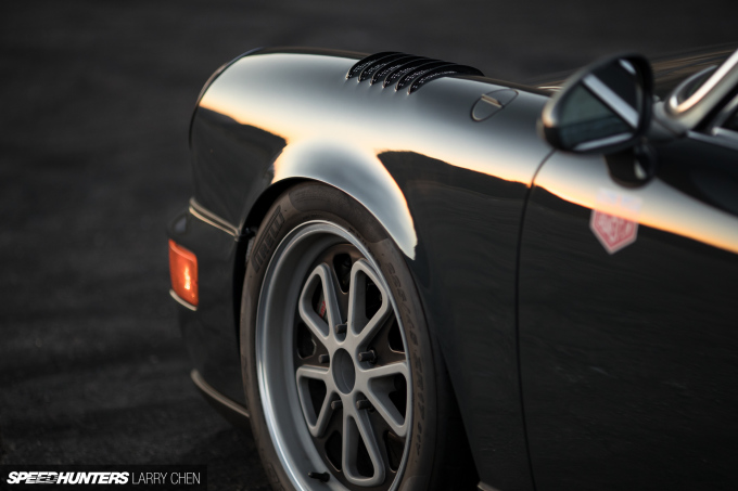 Larry_Chen_Speedhunters_Magnus_Walker_964-31