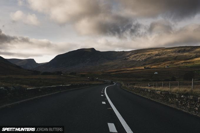 drivingroads-jordanbutters-speedhunters-40