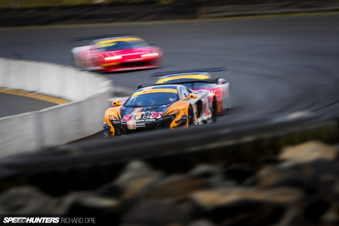 2016-Mad-Mike-McLaren-GT3-Hampton-Downs-101-Speedhunters-Richard-Opie (63)