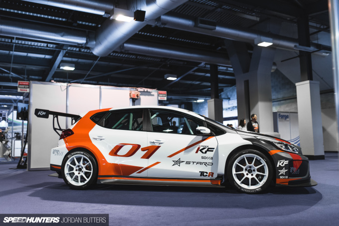 autosport2017-kiaceedtcr-jordanbutters-speedhunters-15