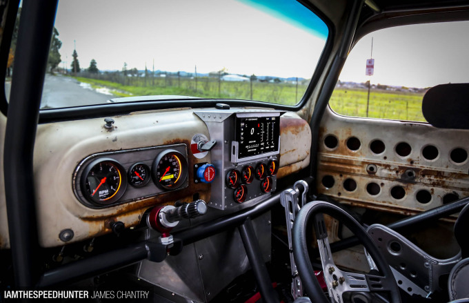 oldsmokeyf1-james-chantry-speedhunters-07