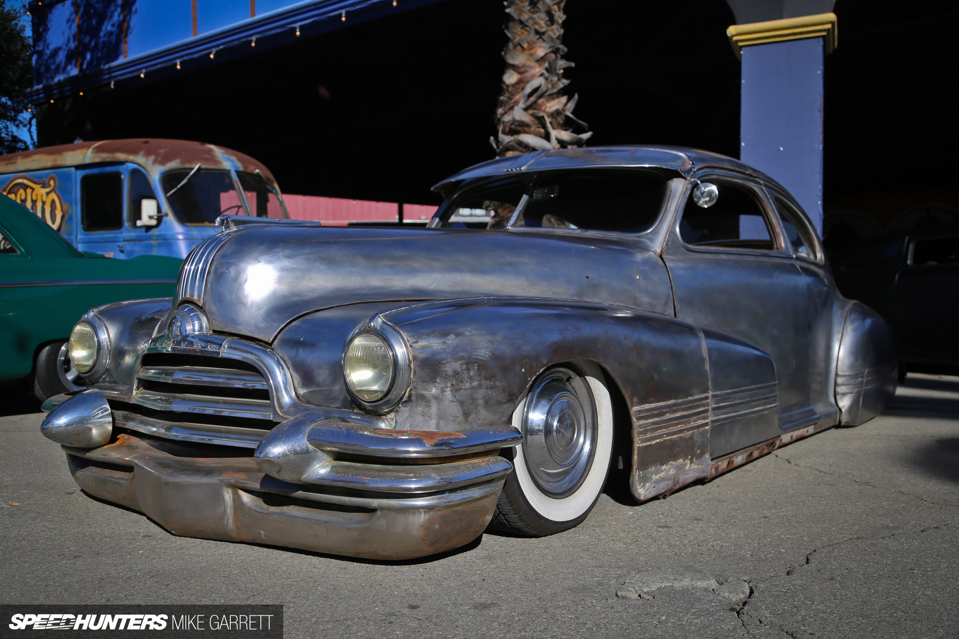 No Paint, No Problem: A Slammed Streamliner