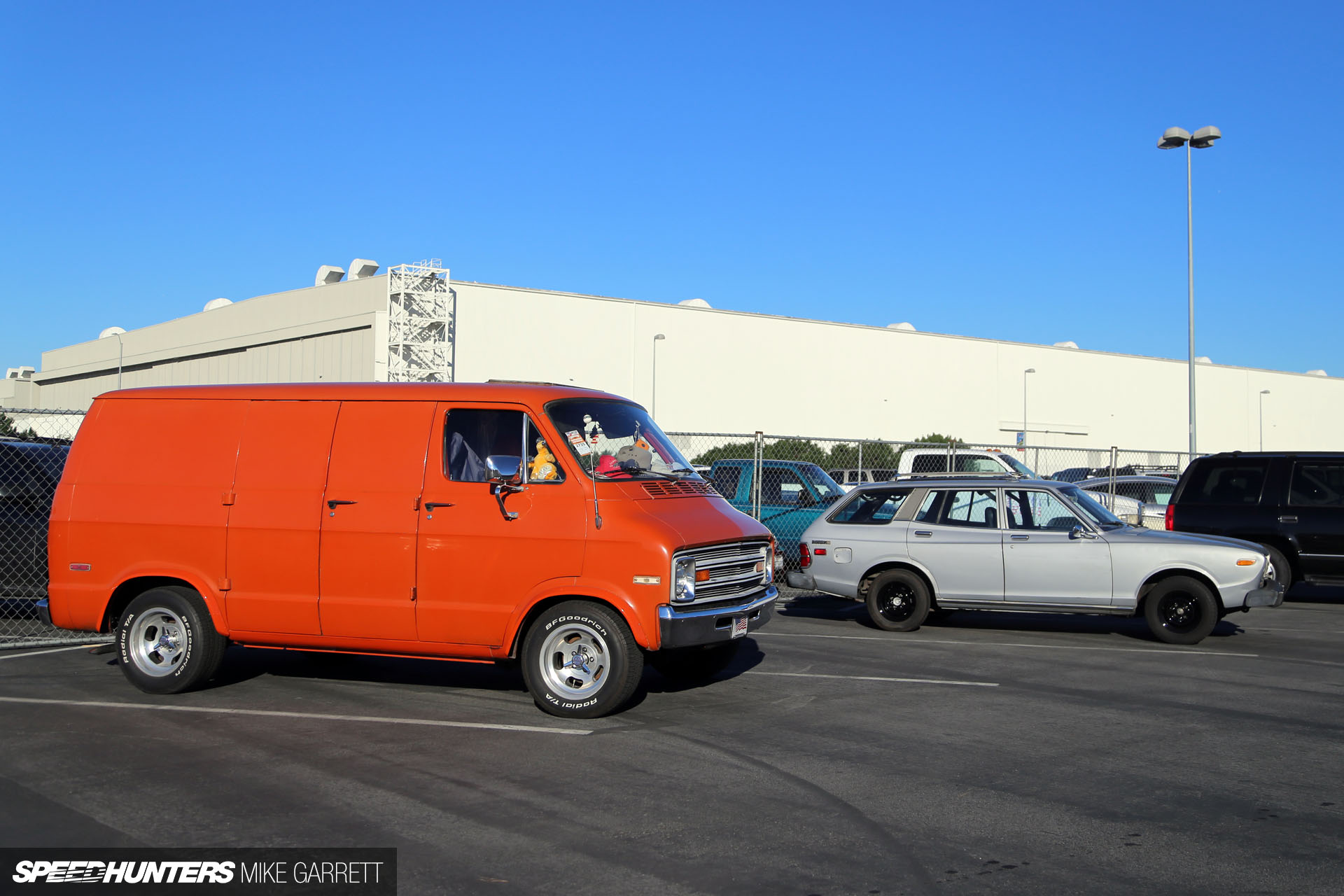 Long Beach Swap Meet >> Cruise N Swap A Sunday Morning In Long Beach Speedhunters