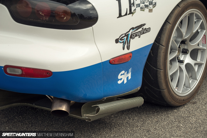 LFXX_RX7_MatthewEveringham_Speedhunters33