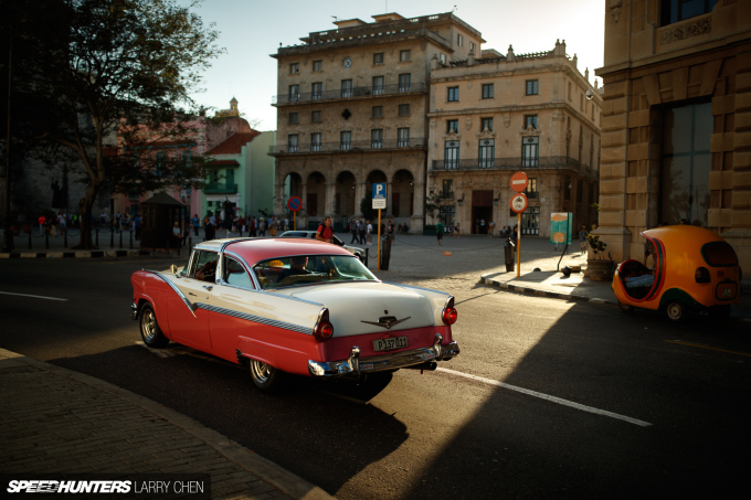 Larry_Chen_Speedhunters_havana_cuba_car_spotting_03