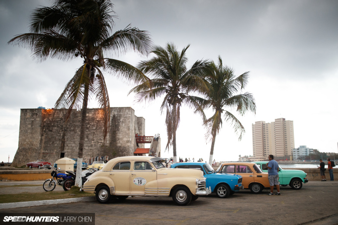 Larry_Chen_Speedhunters_havana_cuba_car_spotting_19