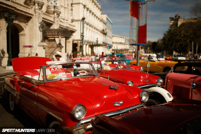 Larry_Chen_Speedhunters_havana_cuba_car_spotting_27