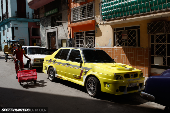 Larry_Chen_Speedhunters_havana_cuba_car_spotting_37