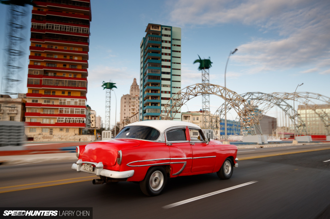 Larry_Chen_Speedhunters_havana_cuba_car_spotting_39