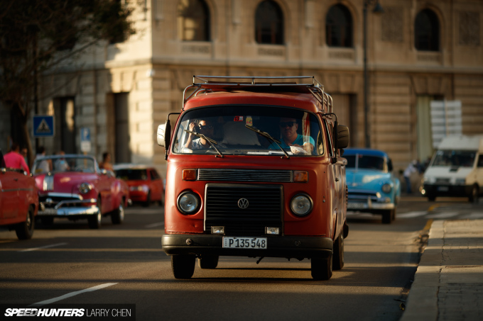 Larry_Chen_Speedhunters_havana_cuba_car_spotting_52