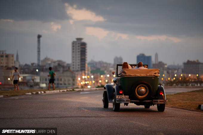 Larry_Chen_Speedhunters_havana_cuba_car_spotting_66