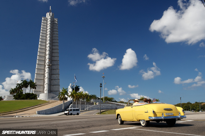 Larry_Chen_Speedhunters_havana_cuba_car_spotting_02