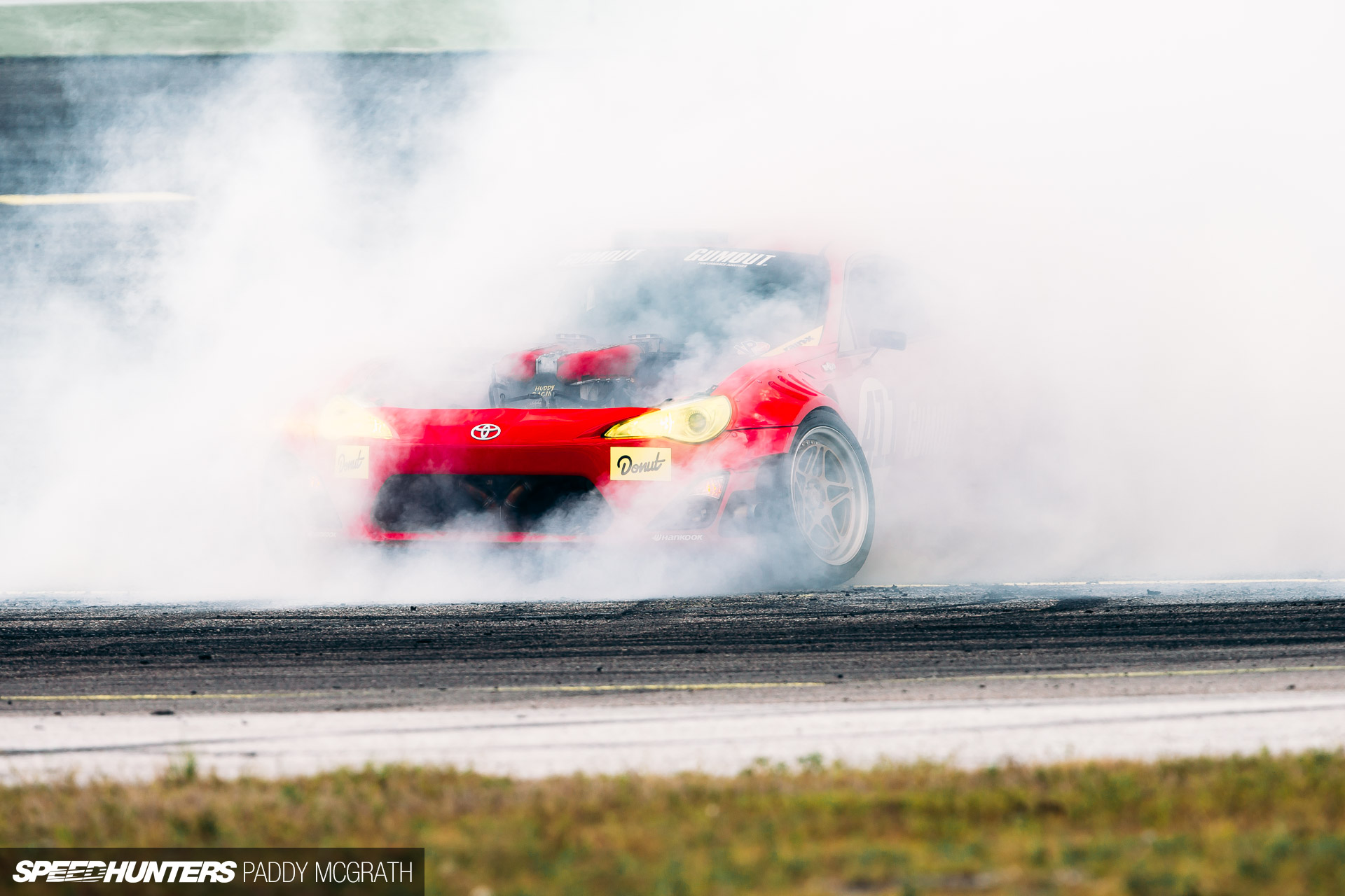 Ferrari Triggered: The GT4586 In Action