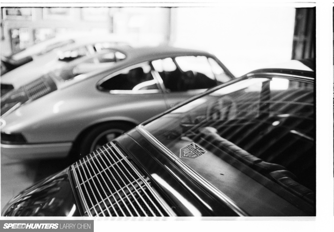 Speedhunters_Larry_Chen_Magnus_walker_book_28