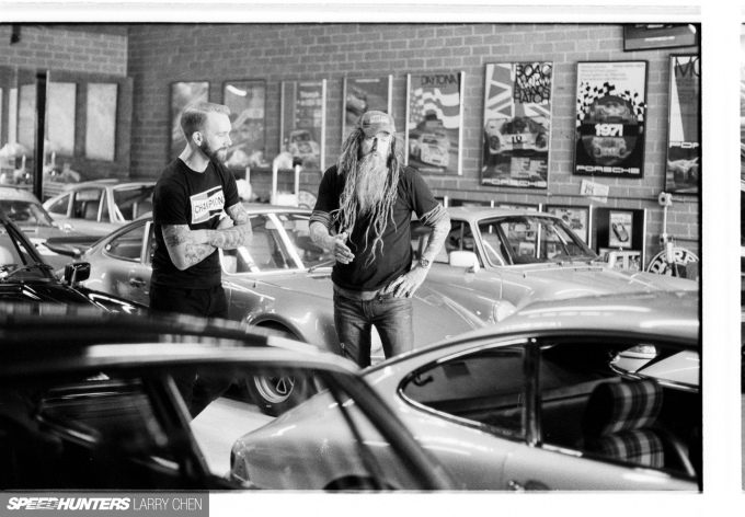 Speedhunters_Larry_Chen_Magnus_walker_book_35