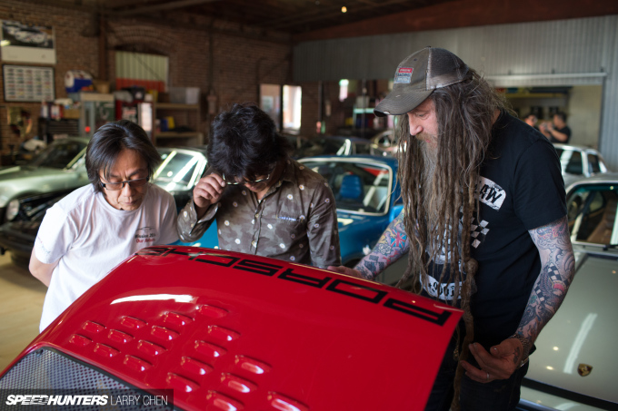 Speedhunters_Larry_Chen_Magnus_walker_book_43