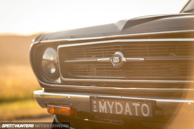 BlackDatsunUte_MatthewEveringham_Speedhunters_ (16)
