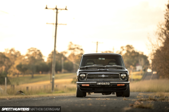 BlackDatsunUte_MatthewEveringham_Speedhunters_ (26)