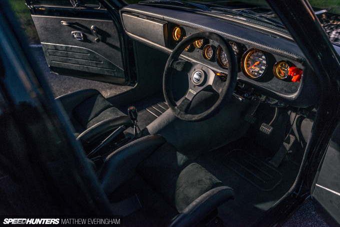 BlackDatsunUte_MatthewEveringham_Speedhunters_ (78)
