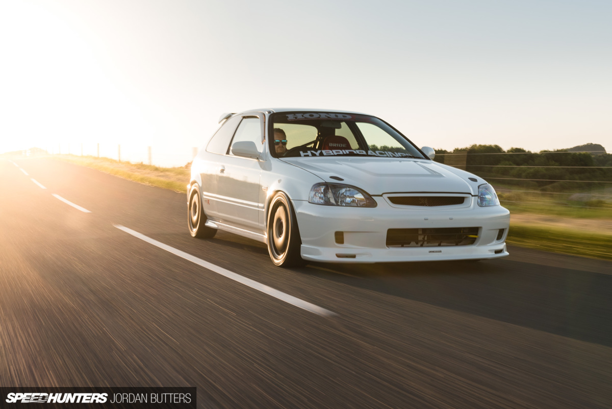 A Screaming Fast-Road EK9 Civic Type R