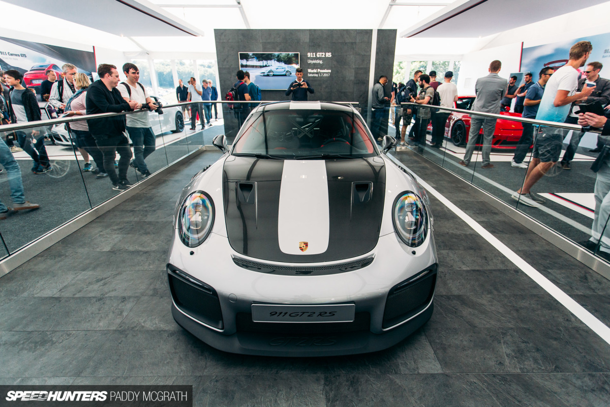 why you should hate the porsche gt2 rs speedhunters. Black Bedroom Furniture Sets. Home Design Ideas