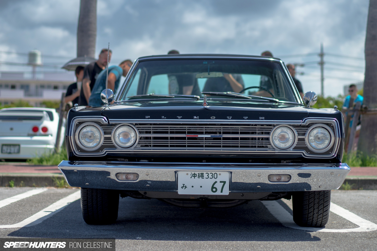 Falling For A Couple Of Classics In Okinawa Amazingreveal