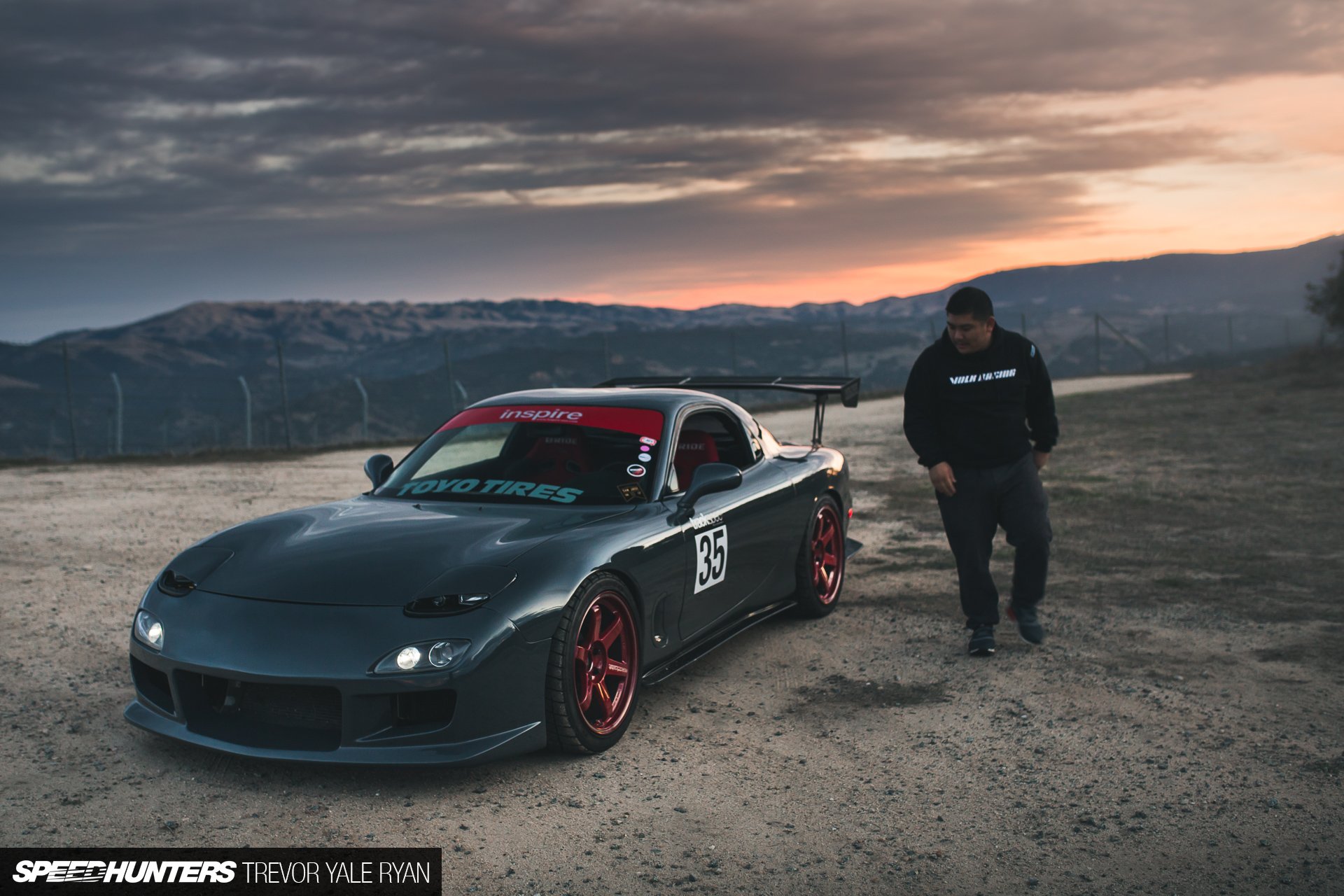 a simply irresistible mazda rx 7 speedhunters. Black Bedroom Furniture Sets. Home Design Ideas