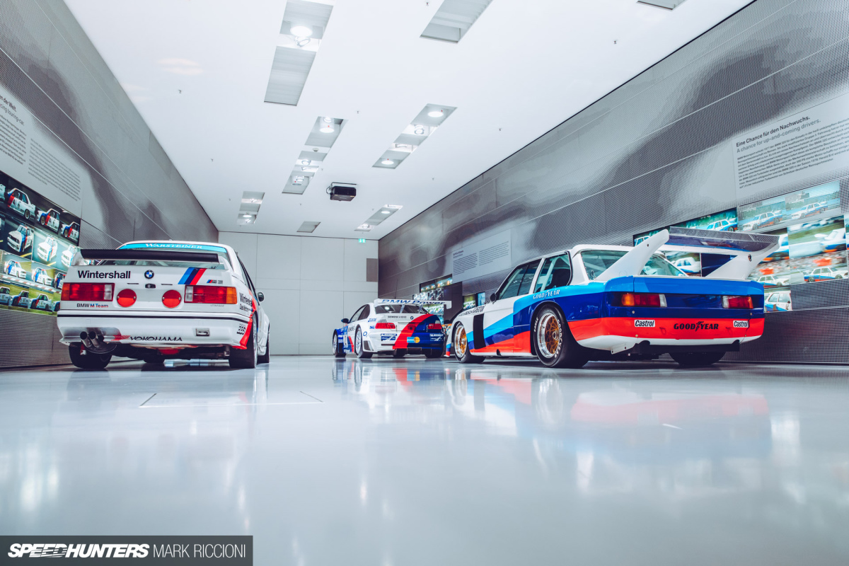 BMW Welt: The Ultimate Morning InMunich