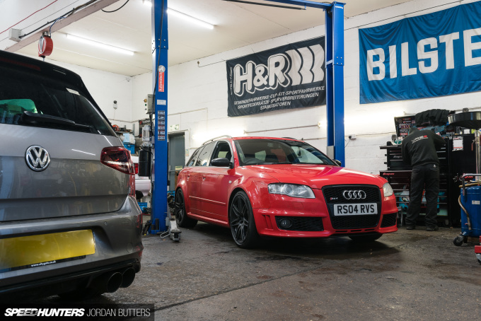 project-rs4-jordanbutters-speedhunters--2