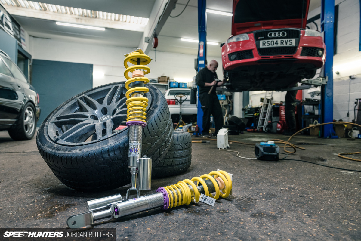 Suspension Sorted On Project Rs4 Speedhunters
