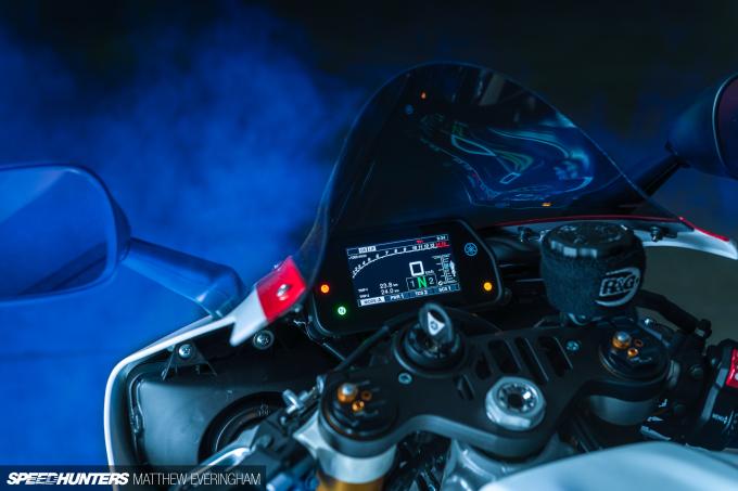 Yamaha-R1-20th-Anniversary-Boxer-Matthew-Everingham-Speedhunters- (8)