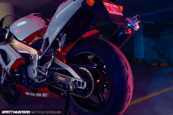 Yamaha-R1-20th-Anniversary-Boxer-Matthew-Everingham-Speedhunters- (12)