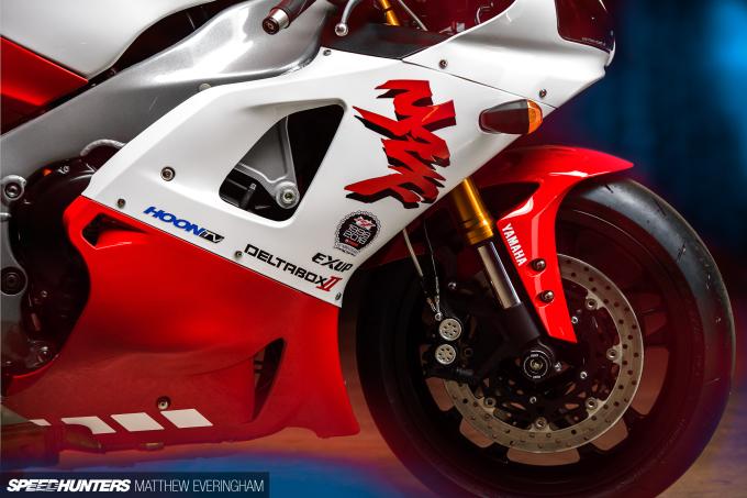 Yamaha-R1-20th-Anniversary-Boxer-Matthew-Everingham-Speedhunters- (19)
