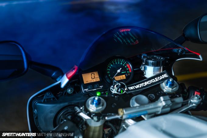 Yamaha-R1-20th-Anniversary-Boxer-Matthew-Everingham-Speedhunters- (7)