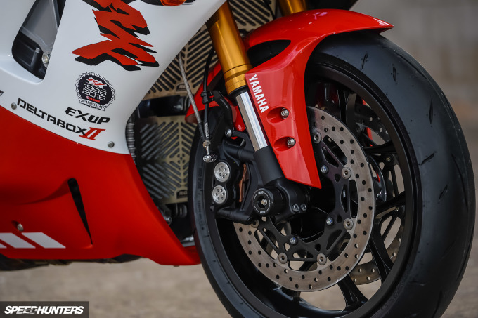 Yamaha-R1--WE98-Mark-Boxer-Speedhunters (4)