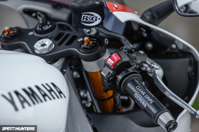 Yamaha-R1--WE98-Mark-Boxer-Speedhunters (27)