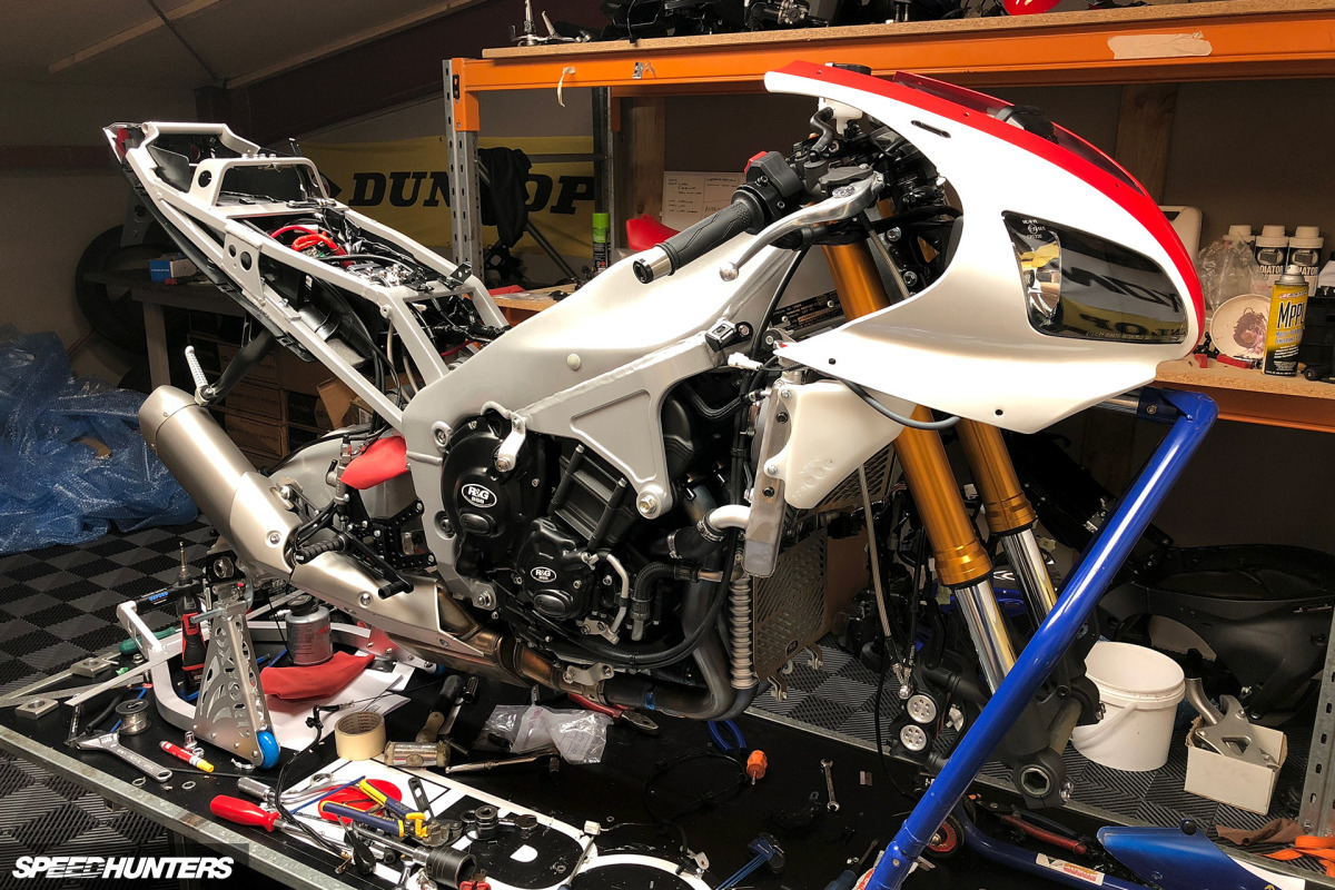 Yamaha 1000 R1 ... - Page 10 Yamaha-R1-WE98-Mark-Boxer-Speedhunters-71-1200x800