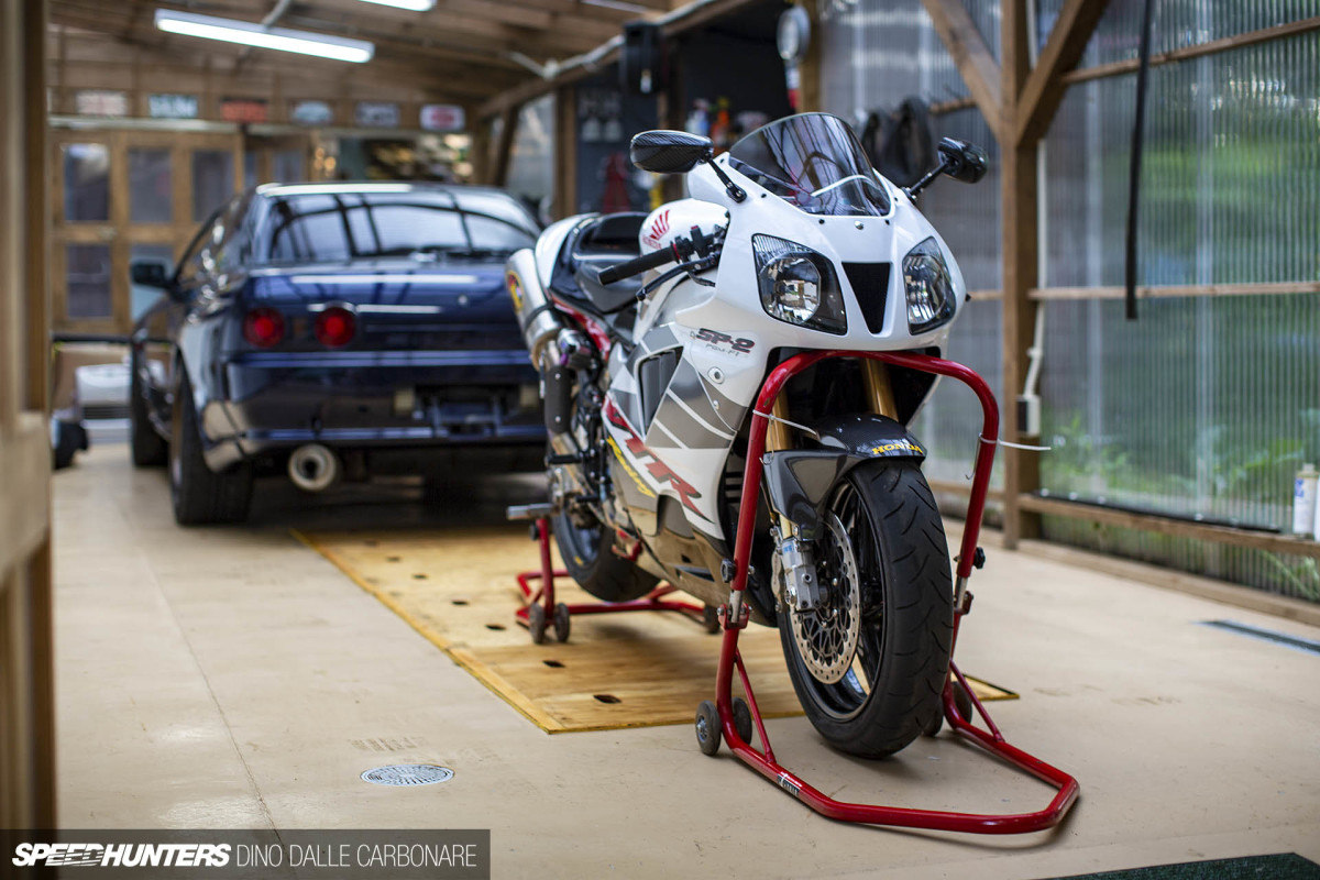 Honda's V-Twin Gamble: The VTR SP2