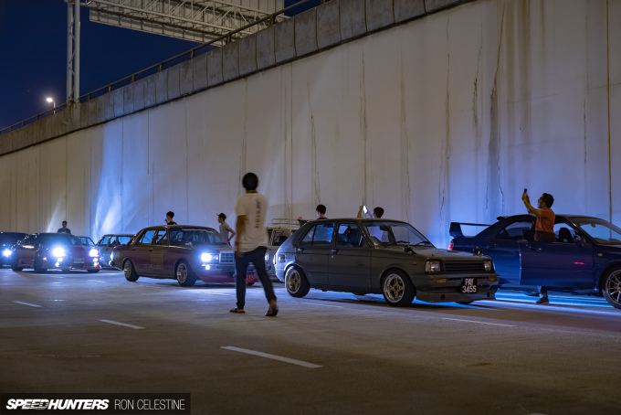 ron_celestine_backwheelbitches_malaysia_nightmeet_bosozoku_group2